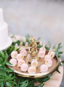 VillaSolacabiati-dessertbuffetandmacarons